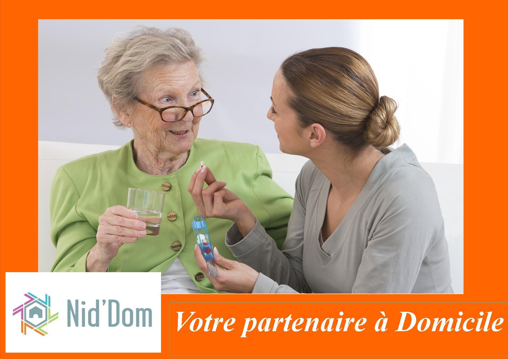 services à la personne, aide à domicile, ménage, personne âgée, Anglet, Bayonne, Biarritz